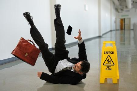 Wet-floor-accident-guide